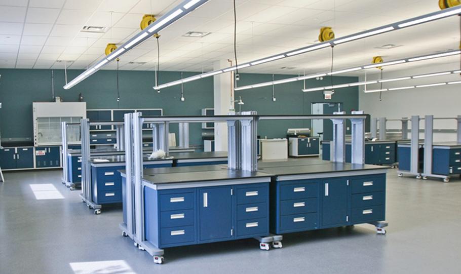 Как выбрать мебель для химической лаборатории