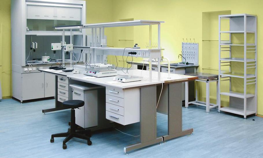 Изображение столов для лабораторий, с разными типами поверхностей
